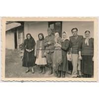 SS posing with Polish population