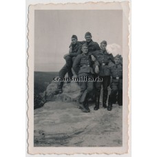 SS-VT Soldiers on mountain