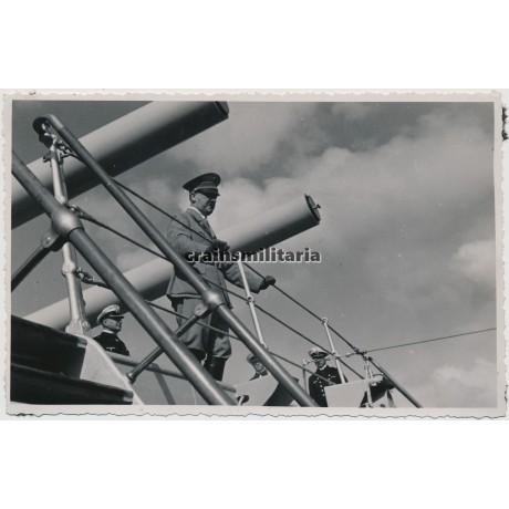 Hitler on Panzerschiff Deutschland