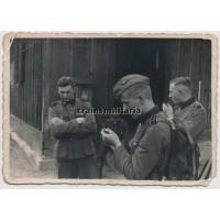 SS Totenkopf soldiers