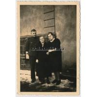 SS Germania portrait, Mutterkreuz in wear