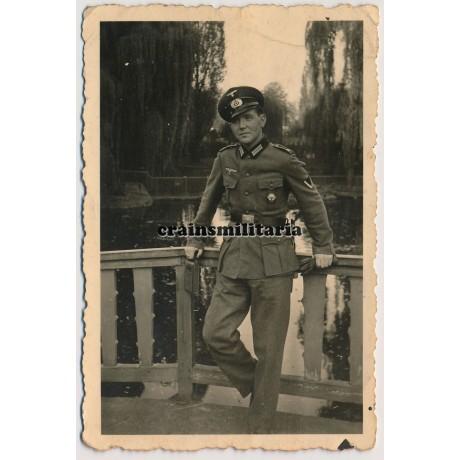 Soldier with Kreissieger badge