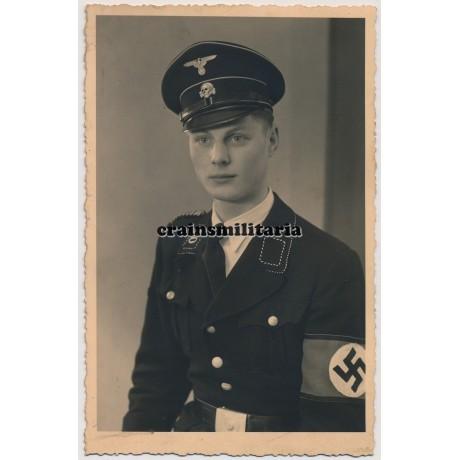 Allgemeine SS postcard sized portrait