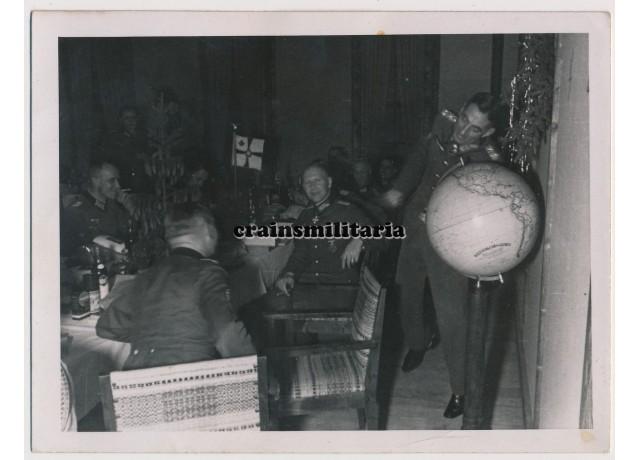 Eduard Dietl in Christmas party