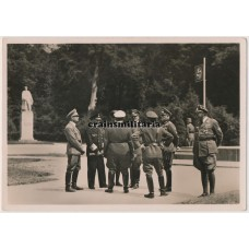 Hoffmann postcard Hitler in Compiègne