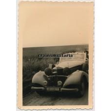 Hermann Göring driving by
