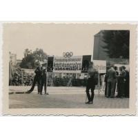 Berlin Olympics delegation parade