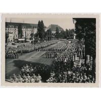 """SA """"Deutschland Erwache"""" banners in parade"""