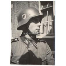 ***SOLD*** SS Soldier portrait