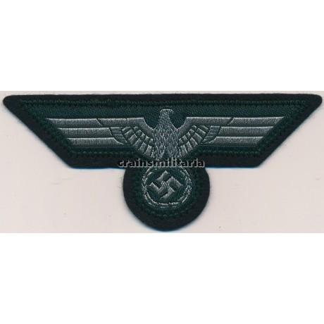 Mint Heer breast eagle