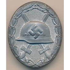 Wound badge in silver by Klein & Quenzer (65)