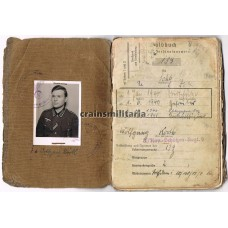 ***SOLD*** 8. Panzer-Division Soldbuch