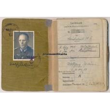 Hauptmann Soldbuch, Holland 1940, Berlin 1945